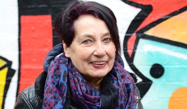 Margret Steenfatt liest vor dem 5.Jahrgang
